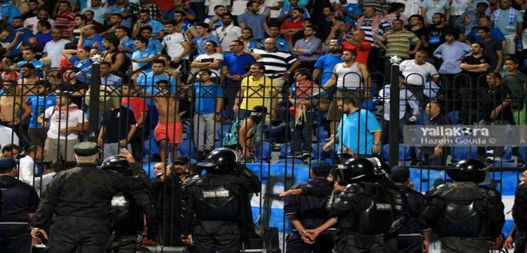 وزير الرياضة يغادر ملعب الاسكندرية بسبب الشغب - ياللاكورة