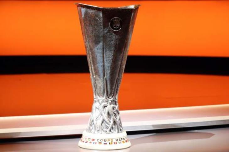 بنفيكا يتعثر.. وفياريال يضع قدماً في ثمن نهائي الدوري الأوروبي