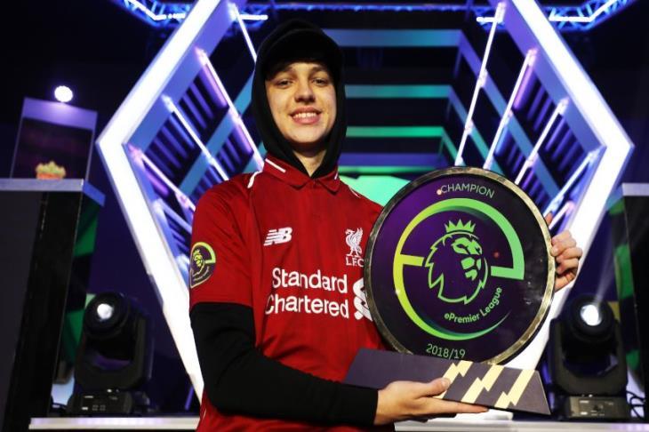ليفربول يفوز بجائزة البريميرليج الإلكتروني بفضل F2Tekkz