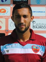 محمد لاربي