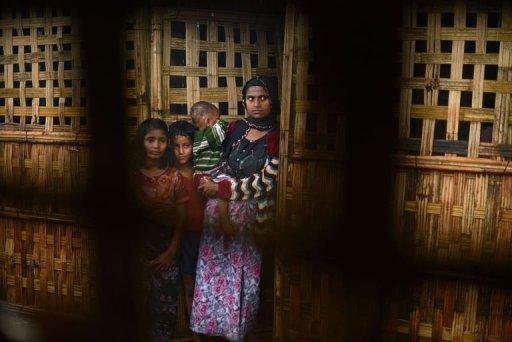 تدفق النازحين في غرب بورما حيث تتواصل اعمال العنف