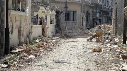 خروج المدنيين من حمص القديمة يبدأ اليوم والمساعدات تدخلها السبت