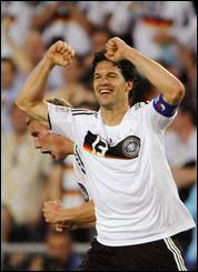 كأس اوروبا 2008: المانيا اول المتأهلين الى نصف النهائي Sge.lqt78.200608070208.photo00.quicklook.default-178x245