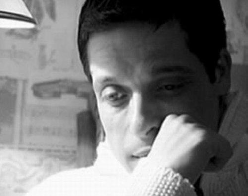 عامر منيب ينتظر أطباء من الخارج بعد تدهور حالته الصحية