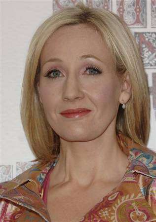 http://productnews.link.net/reuters/OLMEENT_iptc/21-09-2008/2008-09-21T050039Z_01_NOOTR_RTRIDSP_2_OEGEN-BRITAIN-ROWLING-AB2.jpg
