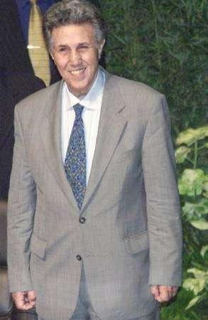 للراحل احمد الرئيس الجزائري الاسبق 2008-07-17T145714Z_01_NOOTR_RTRIDSP_2_OEGTP-SUDAN-ARREST-NA6.jpg