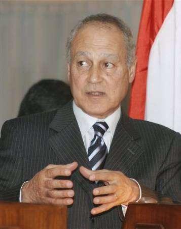 القاهرة تحاول ايقاف جلد طبيب مصري بالسعودية بعد تشديد عقوبته