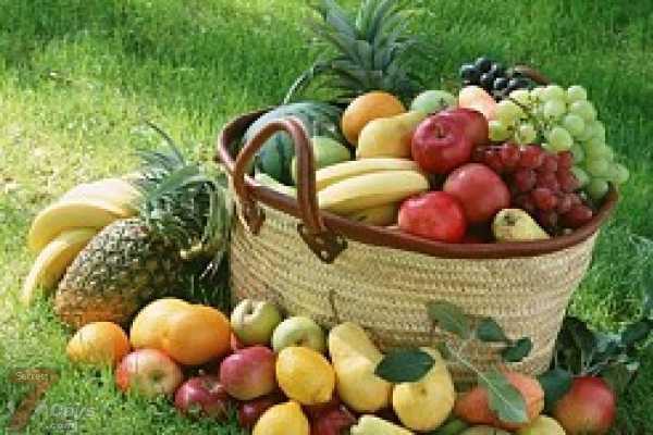 الفواكه والخضراوات الملونة قيمتها الغذائية