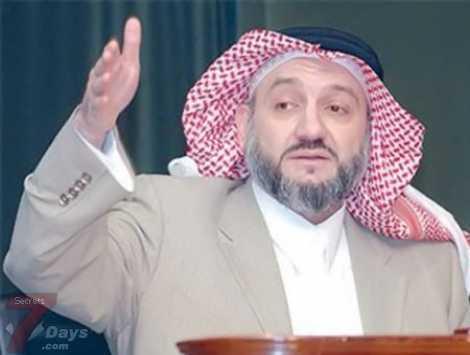 امير سعودي يرصد 900 الف